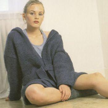Frakke med hætte i bulkylopi - Nordisk Garn
